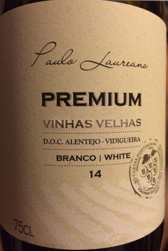 02. Premium Vinhas Velhas Branco.jpg