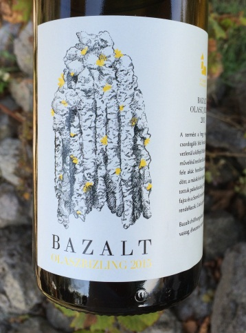 05-st-margit-pinceszet-bazalt-olasz-rizling-2015